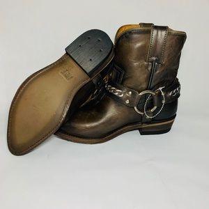Women's Billy Chain Short Western Boot